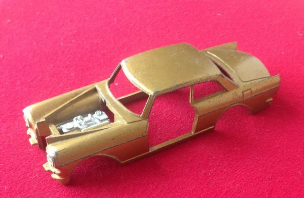Dinky Toys 127 - Original  - Rolls Royce Silver Cloud III Body Shell